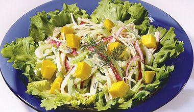 salada de manga e kani
