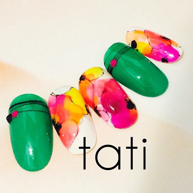 tati 竹原千晴 VETRO Art director @tati_nail ベースのホワイト...Instagram photo | Websta (Webstagram)