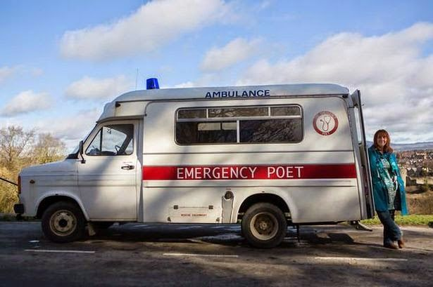 Nuovo post di Controvento (Racconti di Incontri)! Emergency Poet: Deborah, la dottoressa dell'anima che usa la poesia come medicina