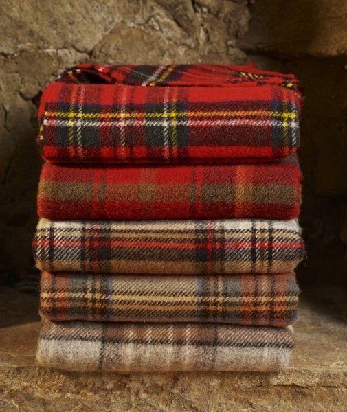 Royal Stewart tartan wool picnic blankets / Wool Blanket Online