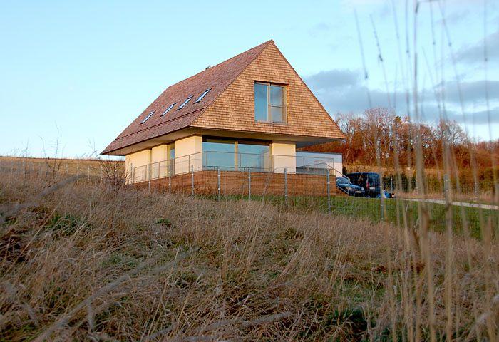 Dom z gontu cedrowego