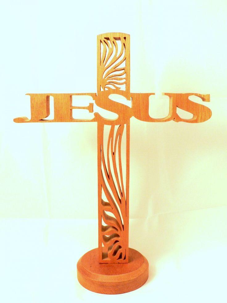 """Croix """"JESUS"""" en bois découpé chantourné : Autres art par cymar-le-chantourneur"""
