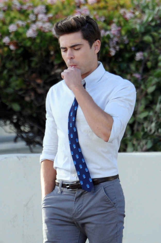And when he sucked on this lollipop: | The 40 Most Divine Things Zac Efron Did In 2013