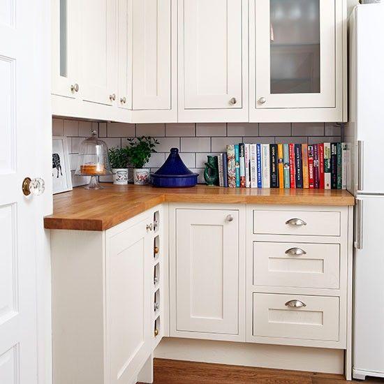 White gloss kitchen with granite worktops | Kitchen decorating | housetohome.co.uk | Mobile