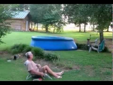 How A Redneck Empties His Pool