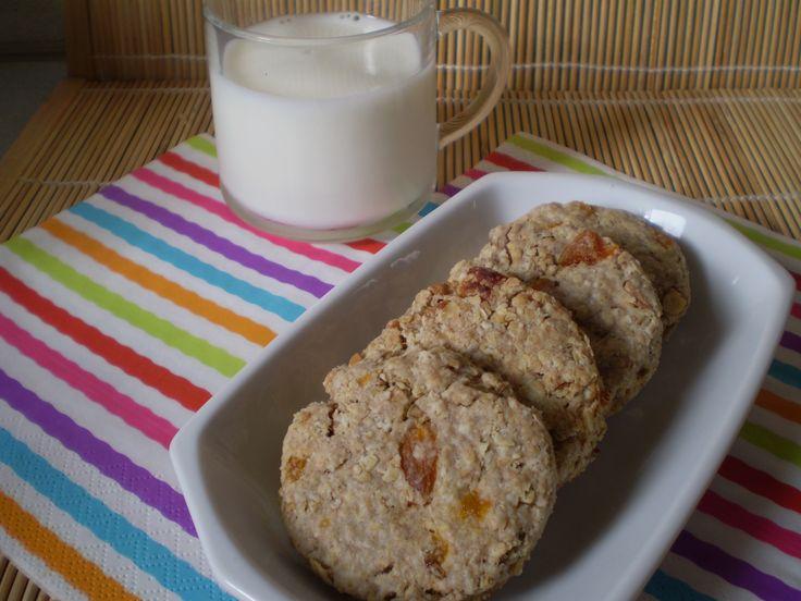Zabfalatok házilag diétás uzsonnára! Diétás zabpelyhes keksz recept fogyni vágyóknak, cukorbetegeknek, inzulinrezisztencia diétázóknak! >>>