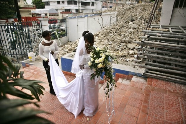 Private Ceremony Reception Later: 179 Best Brides Around The World Images On Pinterest