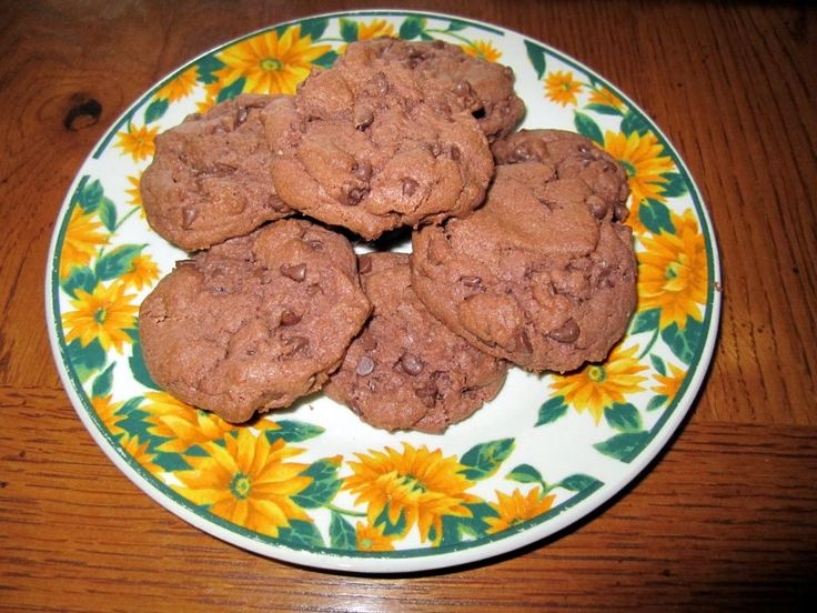 ... | Chocolate chip cookies, Brookies recipe and Cherry chip cake mix