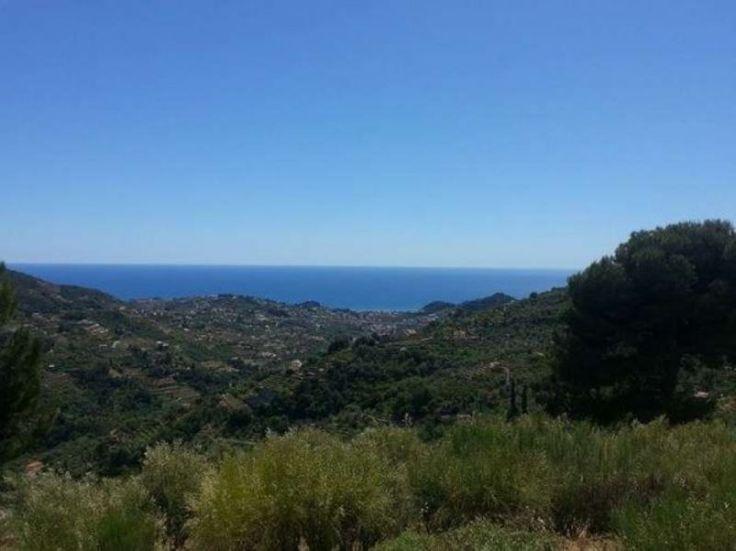 Casa indipendente in Vendita a Vallebona con stupenda vista mare
