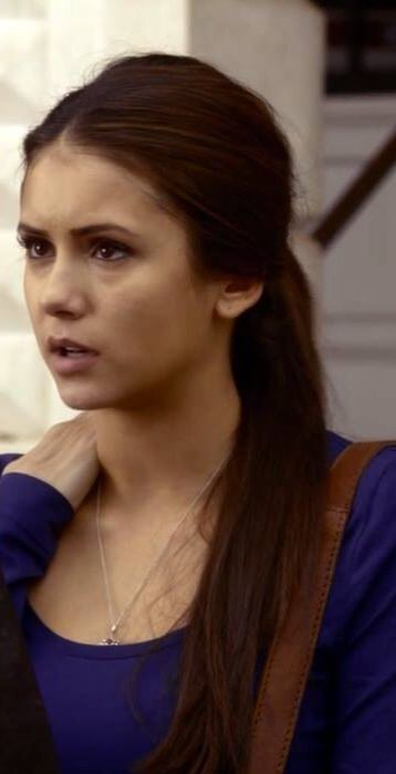 Elena Gilbert style - love this look.