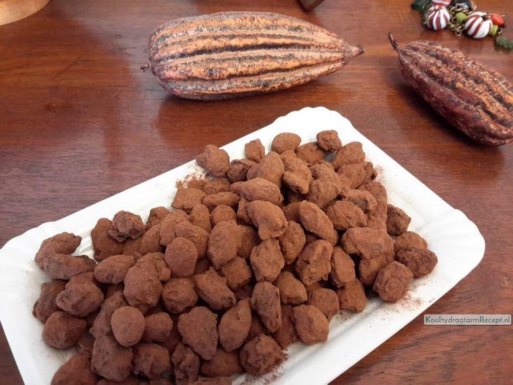 Na een kleine ontploffing in je keuken heb je kaneel choco amandelen waar je zonder schuldgevoel van kan eten!, Dus, maak ze lekker zelf!