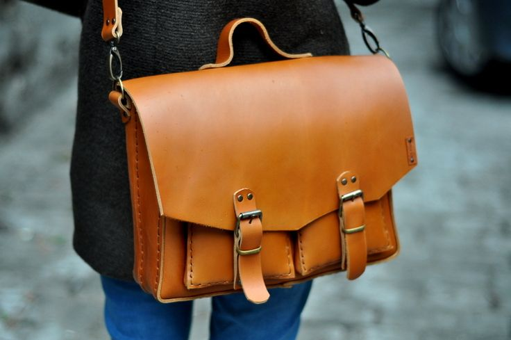 Massenger bag handmade leather-Moria