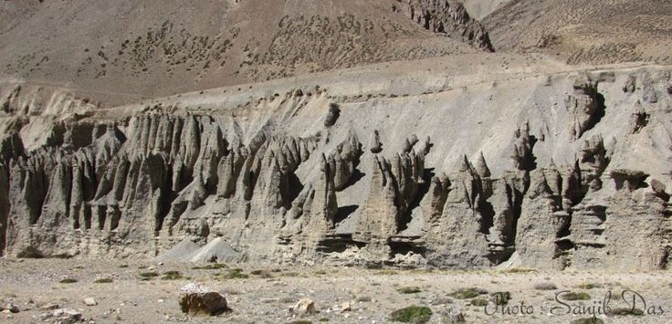 Chemical reactions within the rocks Album: Ladakh - The Forbidden Wilderness Photo Credit: Sanjib Das