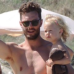 I'm mmmmelllltiiiiing..... ::Jamie Dornan and his adorable daughter