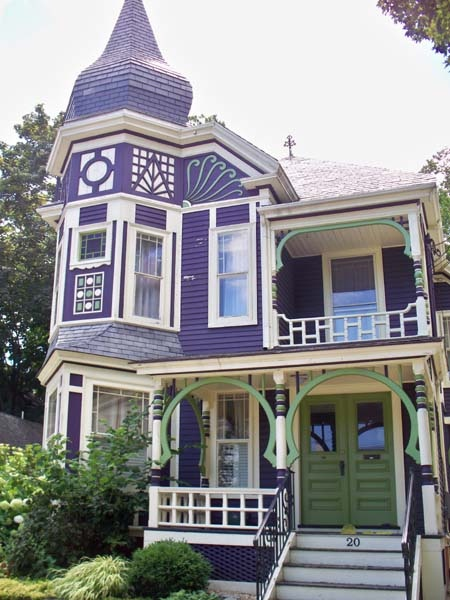 Here S A Paint Color Combo For Victorian If You Love Purple The Cream