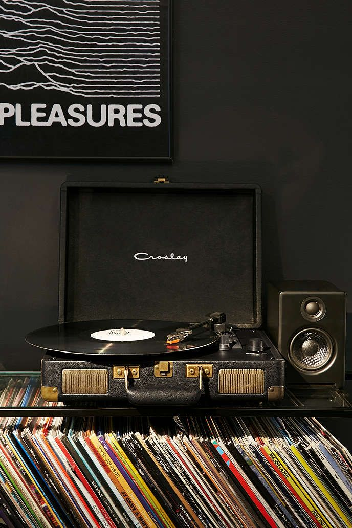 Crosley Cruiser Black and Gold Record Player - Urban Outfitters