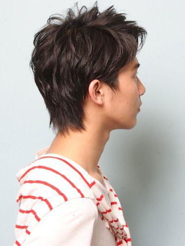 「「シック×アップバング」束感ショート」 メンズのヘアスタイル。メンズ「シック×アップバング」大人20代〜30代〜40代向けビジネスショートヘア