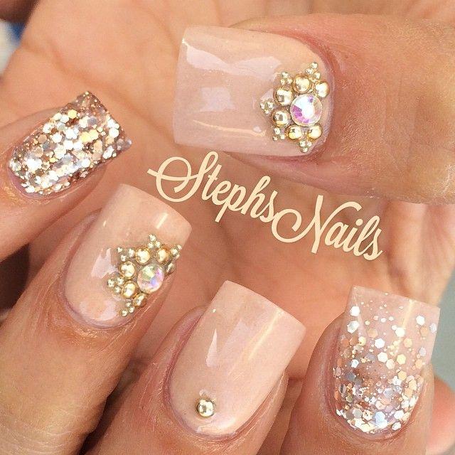"198 curtidas, 8 comentários - Stephanie Loesch (@_stephsnails_) no Instagram: ""#nude#gold#rosegold#silver#nails#glitter#ombre#studs#diamonds#cutenails"""