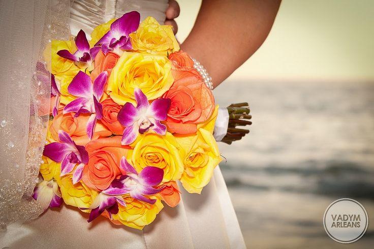 Bukiet na ślub i wesele z kwiatów żywych - piękne wiązanki ślubne od Kwiaciarni FLORISTE