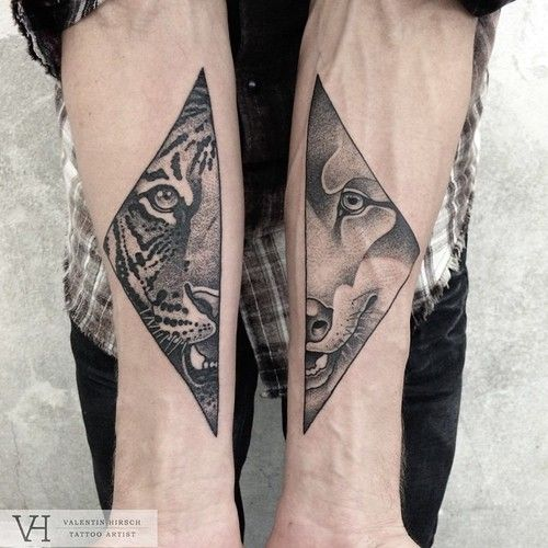 valentin hirsch Lion and tiger black and white tattoo