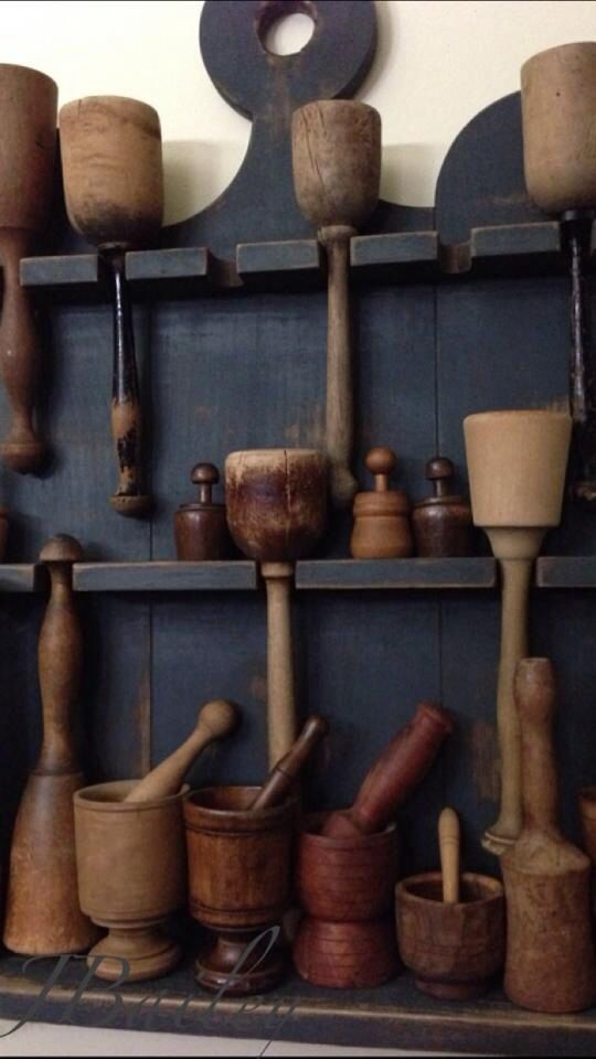 Mashers & pestle-mortars. So pretty. Wood, not plastic in the kitchen! #plasticfreetuesday.com