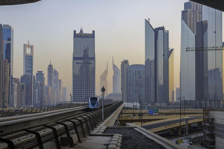 https://flic.kr/p/Faf2zh | Dubai's awekening | Dubai, United Arab Emirates