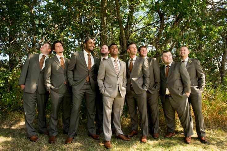 Tan groomsmen suits by Wisconsin wedding photographer Kate Bentley.