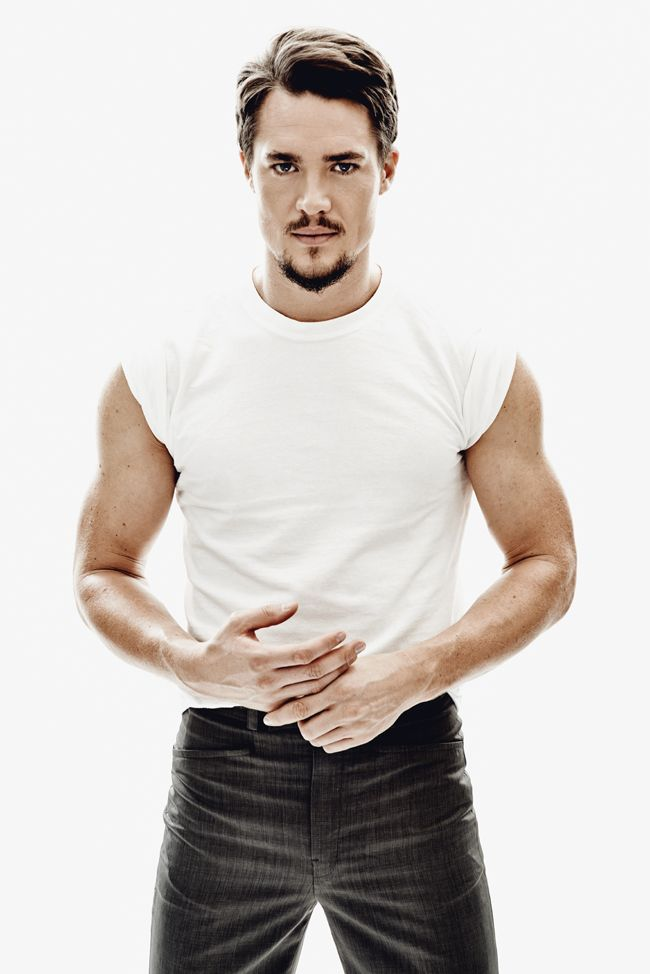 Alexander Dreymon - Yahoo Image Search Results