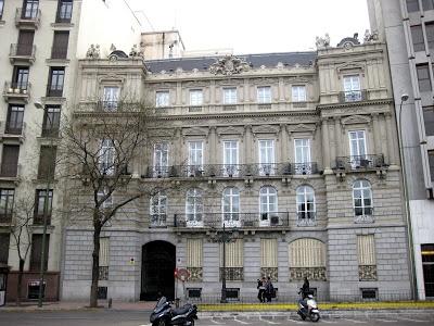 El palacio de Plaza del Marqués de Salamanca, fachada. En Madrid. http://elpaisajedemadrid.blogspot.com.es/2013/05/el-desaparecido-hotel-de-roma-y-el.html