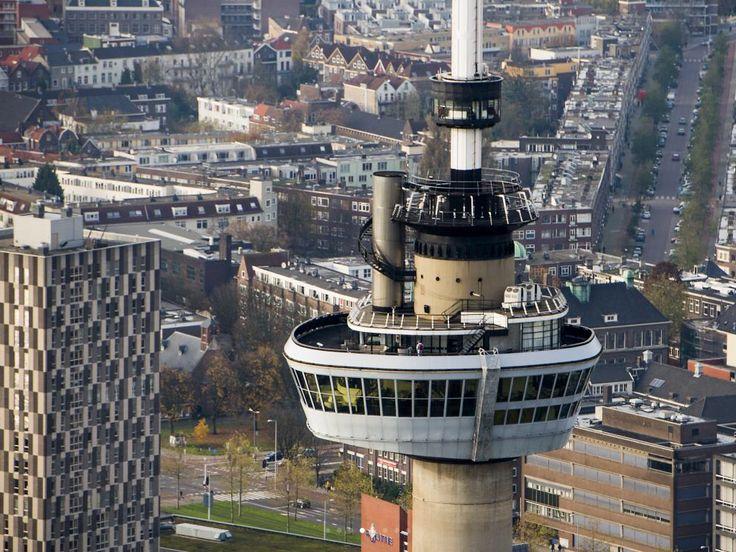Rotterdam beste stad van Europa 2014.De hoogste toren van Nederland die geopend is voor publiek:de Euromast.De toren is 185meter hoog.