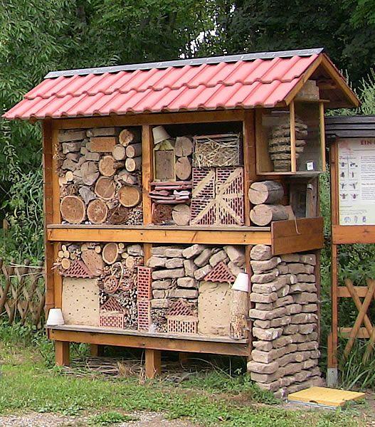 38 best images about insektenhotel on pinterest gardens. Black Bedroom Furniture Sets. Home Design Ideas