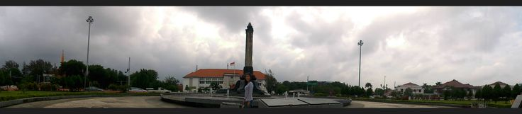 """Right in front of the building lawang sewu , there """"Tugu Muda"""" Semarang, Indonesia"""