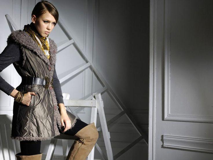 Çok Havalı Olacaksınız: Kış Modası Dizüstü Çizme Trendleri  Kış mevsiminin soğuklarını iyice hissettiğimiz şu günlerde; moda dünyasındaki kış mevsimi trendlerine ayak uydurarak, soğuk havalarda da şık olmak mümkündür.