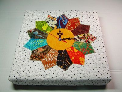 Image Hosting by PictureTrail.com...Quilt clock... Free pattern and tutorial.: