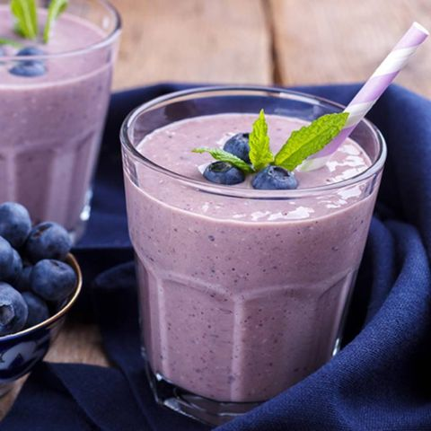 BILBERRY-BANANA-SMOOTHIE This quick and easy snack takes only 3 minutes to make and tastes so good. The organic bilberry powder used is high in Vitamin E and K as well as antioxidants.