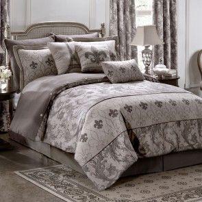 Chateau Comforter Set