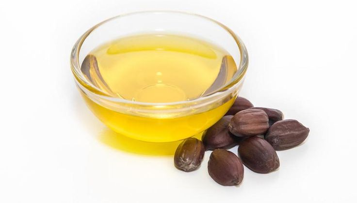 Dry skin, listless hair, razor burns: Jojoba Oil is your wonder cure for all skin problems | fitness | Hindustan Times  ||  Englishmate Dry skin, listless hair, razor burns: Jojoba Oil is your wonder cure for all skin problems Jojoba oil contains essential vitamins for the skin such as Vitamin B, E and key minerals such as zinc, copper…