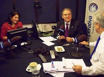 Piñera en el estudio de Cooperativa   05/09/2012 - 08:20