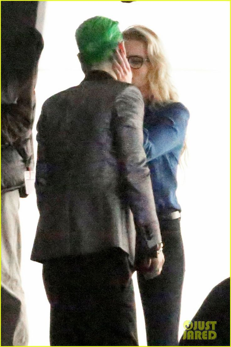 "Behind the Scenes: Jared Leto (Joker) & Margot Robbie (Harley Quinn) in ""Suicide Squad"" (2016)"