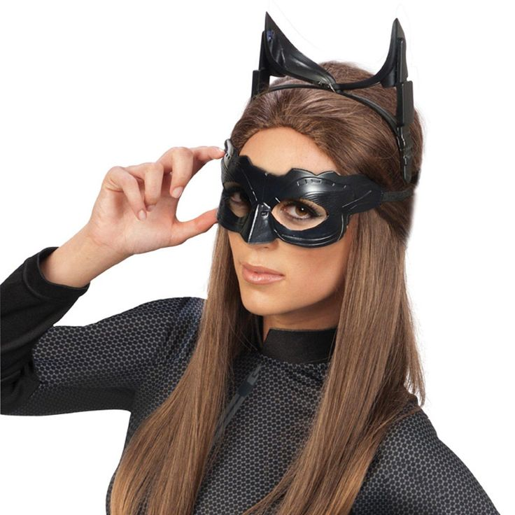 Batman The Dark Knight Rises Catwoman Deluxe Accessory Kit (Adult) from Buycostumes.com