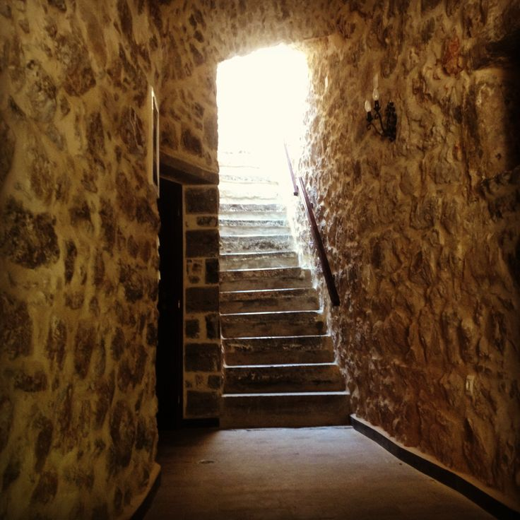 Leads to Lida Mary's rooms  Www.lidamary.gr  Discover the medieval castle of Mesta -Chios