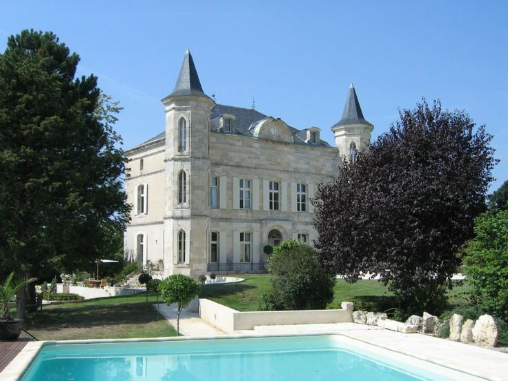 Agen Area Castle Rental: 8 Bedrooms, 7 En Suites, Heated Pool, Lake, Walk Able To Village | HomeAway