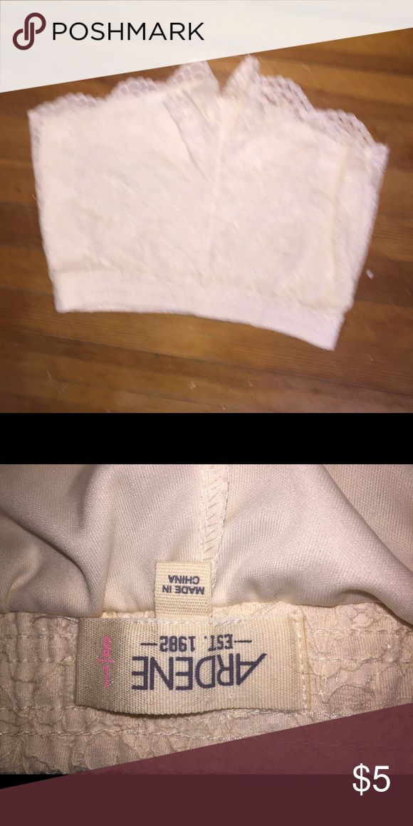Cream lace shorts Size large. Worn once, in great condition Ardene Shorts