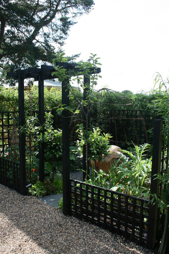 128 best images about gardening trellises arbors things for Japanese garden trellis designs