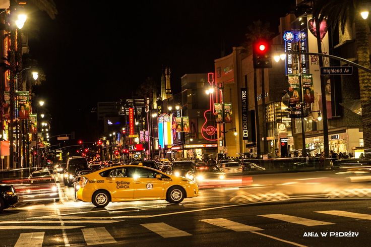 Hollywood! Los Angeles, USA vibrant with night lights colors. ANIA W PODRÓŻY travel blog and photography