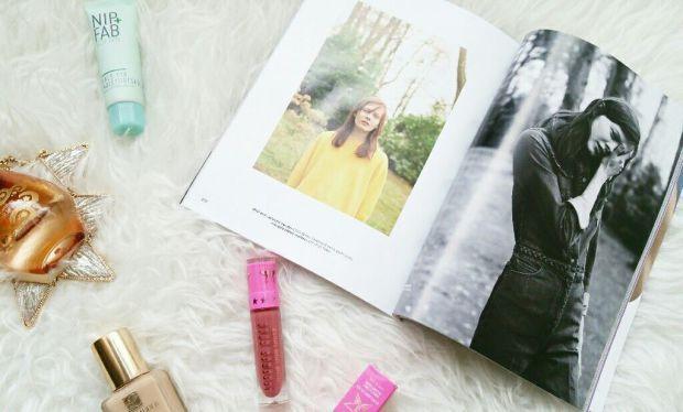 #swatches#beautyblog#gemini#liquidlipstick#velour#jeffreestar#review#blog#