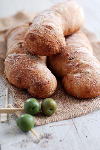 Olive parmesan bread