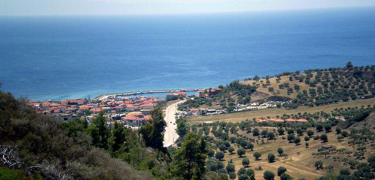 Nea Skioni was established in 1918 where fisherman huts existed.  #Kassandra #Halkidiki