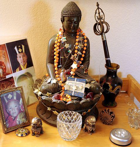 Buddhist Wedding Altar: 8 Best Images About Buddhism Shrine Ideas On Pinterest