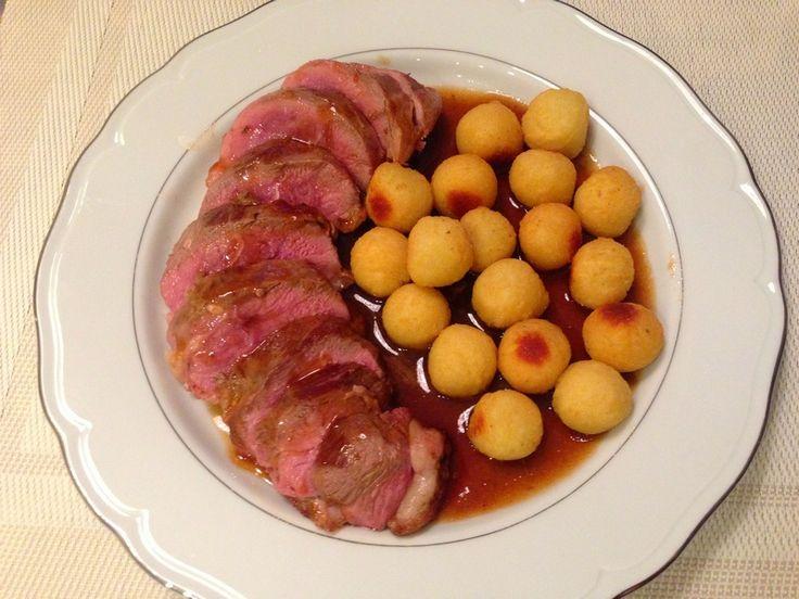 Kaczka w sosie maderowym - wbrew pozorom to pyszne i wykwintne danie jest niezwykle proste w przygotowaniu i wcale nie tak drogie.